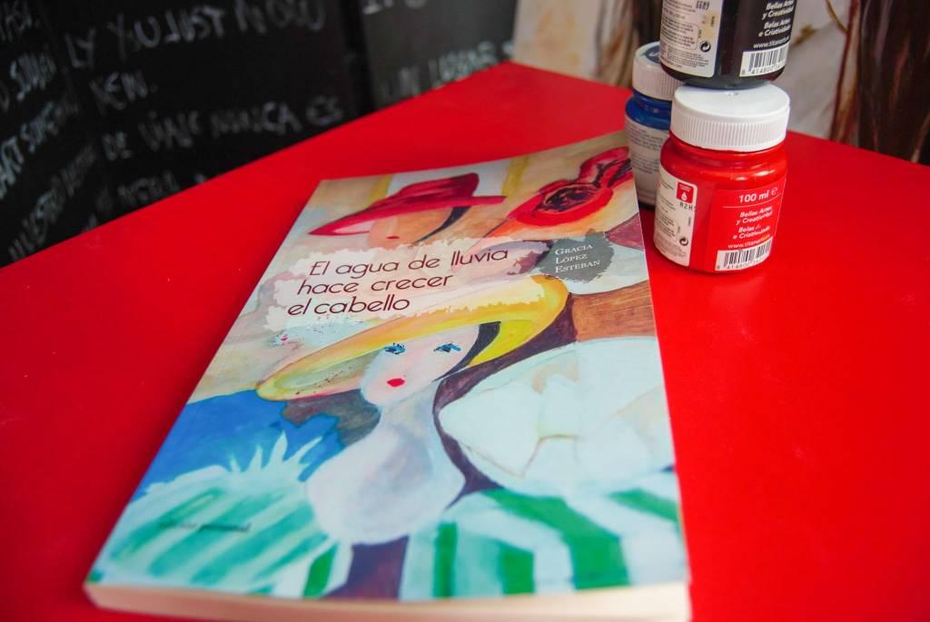 El agua de lluvia hace crecer el cabello, novela. Gracia López Esteban.